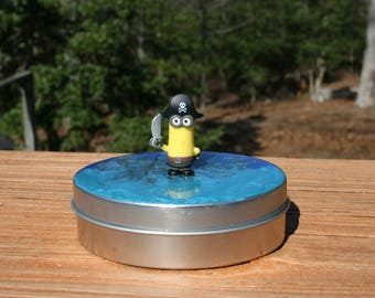 Eye, matie minion -ov6 - Storage Tins - Bits and Bobs - Party Favors