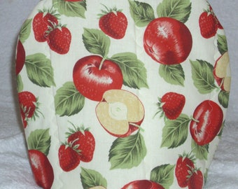 Rosy red apples and strawberries tea cosy