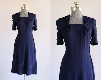 Vintage 1940s Dress / 40s Crepe Dress / Navy Blue Party Dress w/ Floral Appliques S
