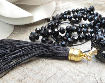 Black beaded tassel necklace. Black tassel necklace. Hand knotted tassel necklace. Long beaded necklace. Boho necklace.