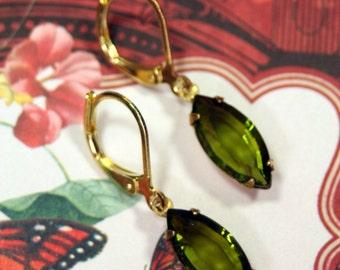 Botanical Olivine Swarovski Vintage Rhinestone Dangle Earrings Piccoli bit Dolci