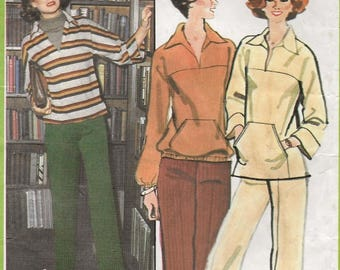 A Kimono Sleeve Top w/Pocket, Hem & Sleeve Variations, and Wide Leg Pants Pattern for Women: Unused - Size 16 Bust 38 • Simplicity 8243