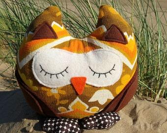 Owl doorstop.  A snoozy groovy owl doorstop.  1960s barkcloth.  Owl bookend.