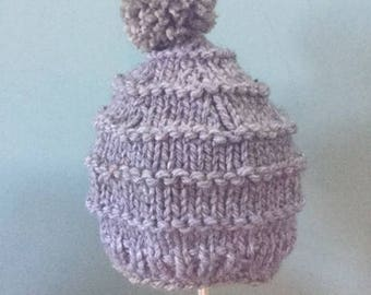 childs hat  8-12 size