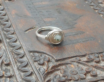 Kiwi Agate Sterling Silver Wire Wrapped Ring