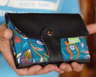 Portefeuille femme cuir noir, Portefeuille chéquier ethnique, Large portefeuille ethnique à rabat, Porte cartes, Cadeau femme, anniversaire