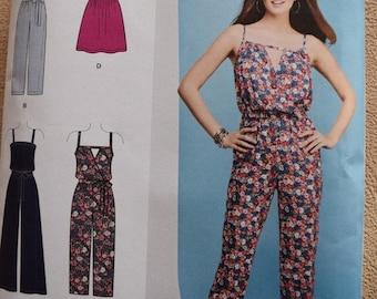 Simplicity 1114 Misses Jumpsuit in sizes XXS-XXL