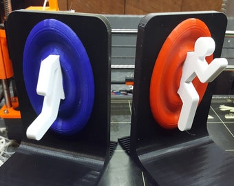Teleporting Person Book Ends - Modern Bookshelf Decor - 3D Printed Nerd Gift - Unique Bookends