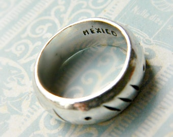 Sterling Silver Band / Vintage Mexico