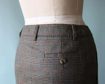 1990's Moschino Plaid Wool Pencil Skirt / Houndstooth Pattern  / Size 6