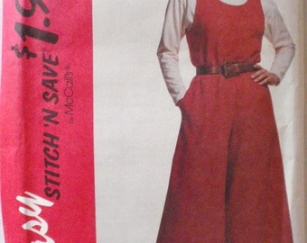 Stitch 'N Save Sewing Pattern - Split Skirt Jumper and Pullover Top - McCall's 6084 - Sizes 6 -8-10-12, Bust 30 1/2 - 34, Uncut