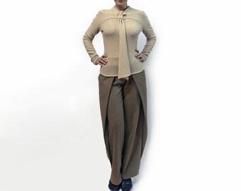blouse,beige blouse,knitted blouse,cravat,long sleeves,original blouse,fall trend,suit,soft blouse,autumn blouse,beige top Model B 46