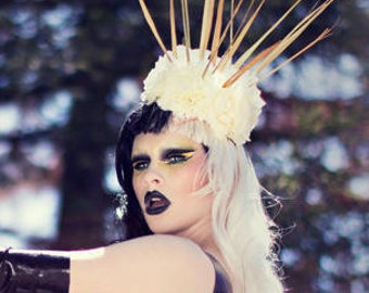 White flower grass crown- headdress
