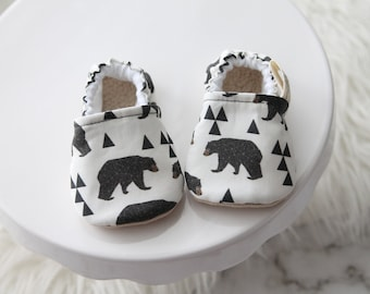 0-6 Months Bear Baby Shoes, Baby Boy Shoes, Baby Girl Shoes, Bear Shoes, Baby Booties, Baby Moccs, Baby boy Moccs, Bear Booties, Baby Shoe