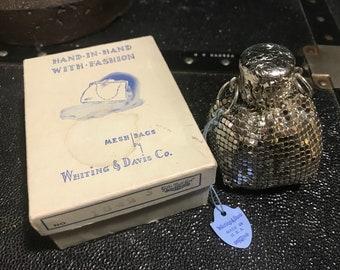 Vintage 1920s Whiting & Davis silver tone mesh coin purse bag/mint condition
