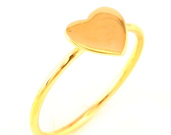 92.5 sterling silver gold plated heart shape ring (size 6)