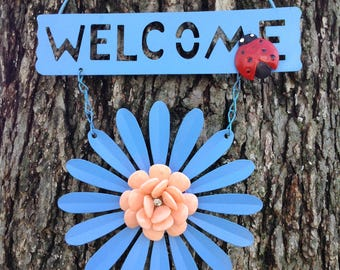 Blue Daisy Welcome Sign with a Ladybug / FREE SHIPPING / Metal Yard Art / Front Door Garden Patio Fence Decor / Gift for Mom