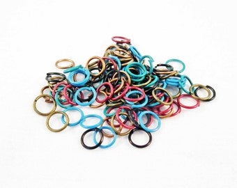 FC34 - Random mixed colors of 7mm open jump rings / 7mm Random Mixed Colours Open Jump Rings.