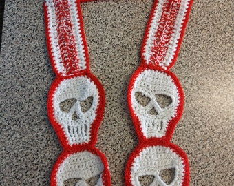 Crocheted skull scarf red and white