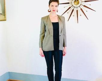 90s Womens Blazer, Minimal tweed blazer, Angular jacket, Fitted ladies Jacket, Brown tan checker, Wooden Toggle button,boxy 1990s jacket, 2P