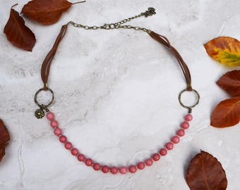Pink beaded necklace, rhodonite bead short necklace with bronze charm and faux suede, pink boho necklace