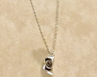 Dainty Sterling Silver Rosebud Pendant Necklace