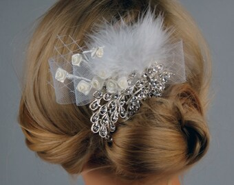 Crystal Wedding Comb Fascinator, Wedding Accessory, Bridal Crystal Comb, Wedding Rhinestone Hair Comb,  Brooch Hair Comb