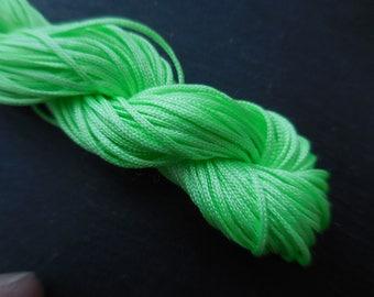 Nylon string neon green 1 minutes per set of 3 m