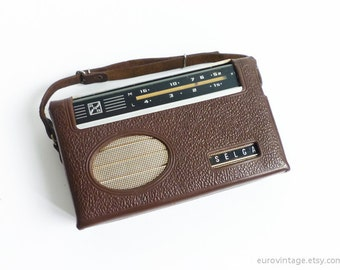 Vintage Portable Transistor Radio 60s Radio w Leather Case
