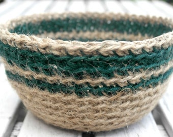SALE Crocheted Jute Bowl, Plant Pot Holder, Hostess Gift, Crochet Storage Basket, Natural Jute Basket, Jute Twine Bowl