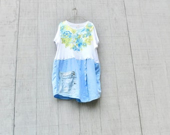 Weiße Tunika, Upcycled Kleidung, Sommer-Shirt, Garten-Tunika, bis radelte Kleidung, Kleidung, Tshirt, Floral, Tunika, Recycling CreoleSha