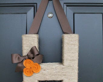 Fall Monogram Wreath. Farmhouse Style Jute Letter.