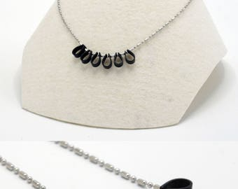 Tri-cycle: minimalist necklace in inner tube recycled / eco-friendly / Upcycling / vegan jewelry / eco jewelry / Veggie