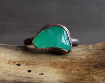 Chrysoprase Ring Gemstone Raw Copper Crystal Ring Emerald Cocktail Ring Rough Stone Jewelry Size 7