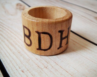 Monogram wood napkin rings, personalized napkin rings with your initials, rustic wedding decor, wood home decor, minimalist napkin rings