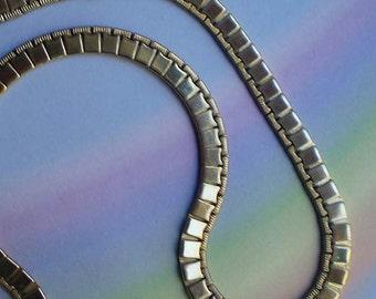 Vintage 60s Monet Flexible Flat Chain Goldtone Choker Necklace