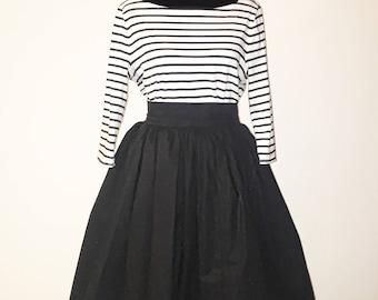 Black Solid Color High Waist Mid Length Skirt