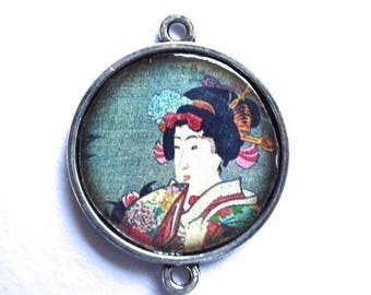 Asian cabochon, Japanese geisha, resin, silver, connector 25 mm in diameter