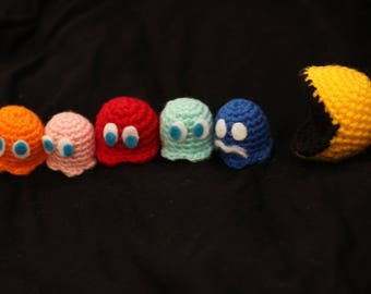 Pack Pac-man & ghosts
