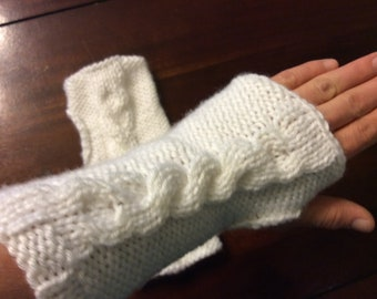 Knit cabled wrister fingerless gloves wrist warmers