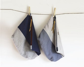 Linen Project Bag Large, Organic Knitting Bag, Zip Travel Pouch, Navy Toiletries Bag, Natural Flax Clutch, Color Block, Thimble and Acorn