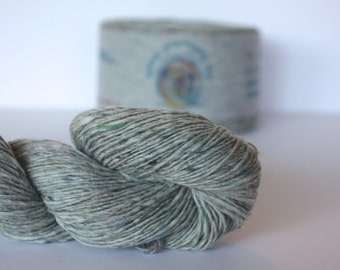 Spinning Yarns Weaving Tales - Tirchonaill 504 Pale Sage 100% Merino 4ply