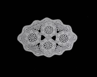 Vintage handmade crocheted doily centerpiece -- white crocheted doily with 4 flowers and a scalloped edge -- 15.5x10.5 inches / 39x27 cm
