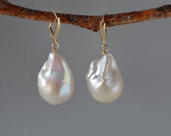 Extra Large Baroque Pearl Earrings in Solid Gold, White Baroque Pearl Earrings, Large Pearl Earrings, Wedding Pearl Jewelry, Gift for Mom