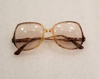 70s vintage ladies prescription glasses, brown