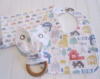 Newborn Gift Set/Infant Bib, Burp Cloth & Teether/Farm Fresh/Organic Fleece Back