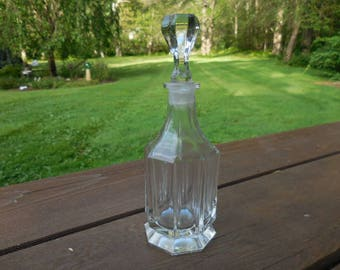 Vintage 1940s to 1960s Clear Glass Perfume Bottle With Ground Stopper Vanity Collectible Retro Large
