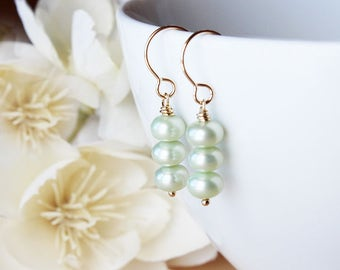 Freshwater pearl earrings pearl earrings green pearl earrings freshwater pearl jewelry pearl drop earrings gold earrings spring earrings