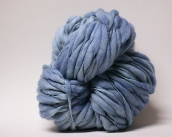 Thick and Thin Handspun Yarn Wool Slub  tts(tm) Superfine Merino Hand dyed Half-Pounder Bluebird 01 Super Bulky