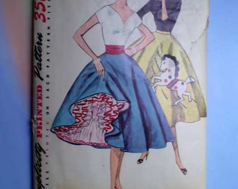 Vintage 50s Circle Skirt Pattern Petticoat and Transfer 24 Waist